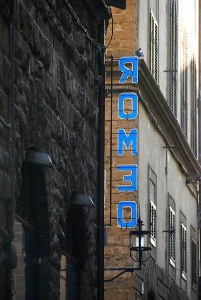 Romeo sign, Roma, 2010.