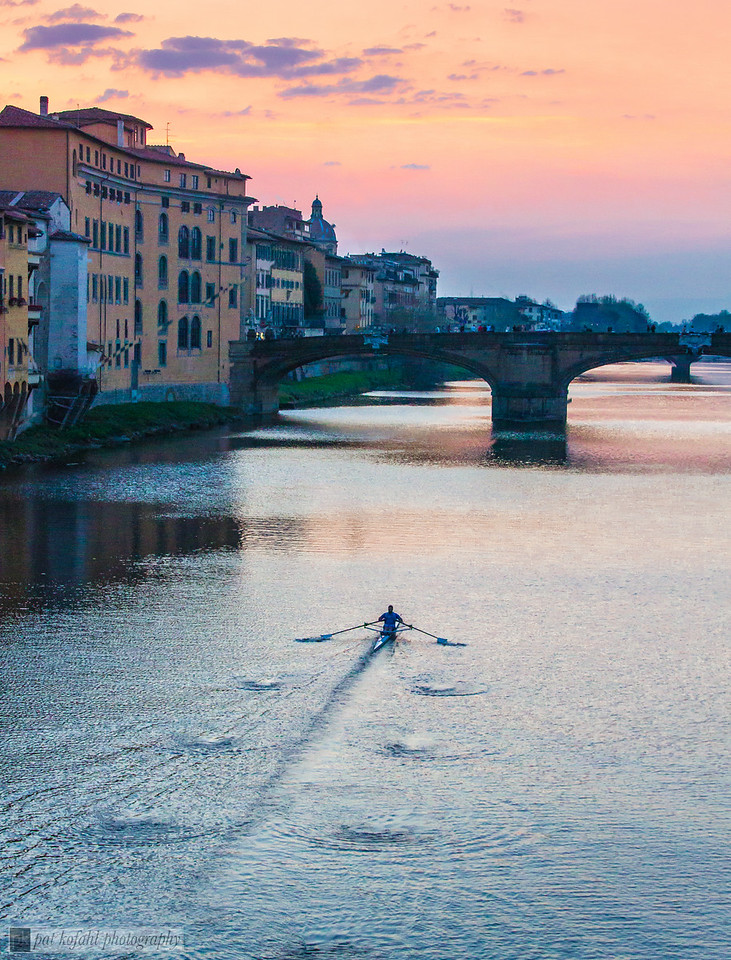Sunset Scull – Florence