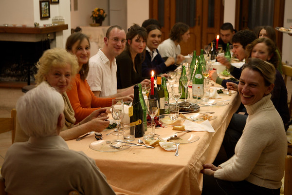 A fantastic, huge spread was put on by dad's girlfriend's sister (the lady at the front right). The Italians certainly know how to eat!