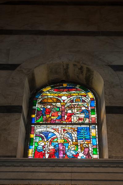Inside Cattedrale di Pisa (Duomo)