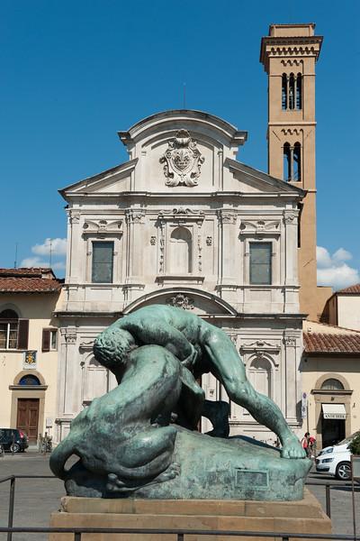Chiesa di Ognissanti and Piazza di Ognissanti with sculpture