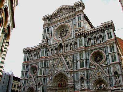 The facade of the Basilica di Santa Maria del Fiore (i.e. the Duomo)