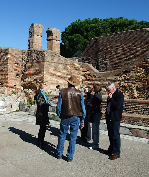 ostra tour group
