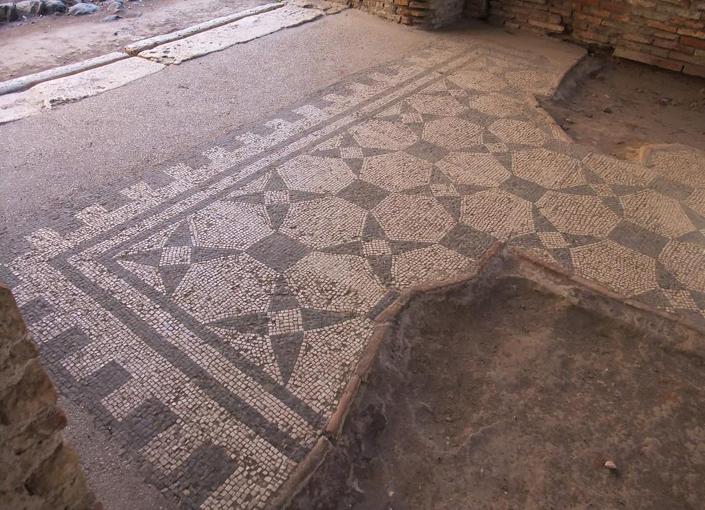 ostra mosaic floor