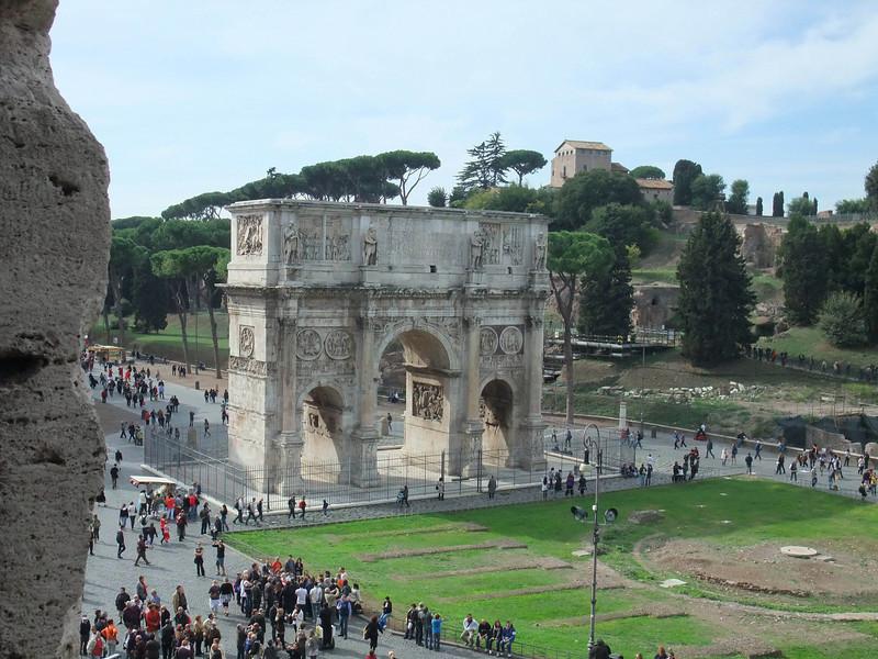 colloseum arch of Constantine