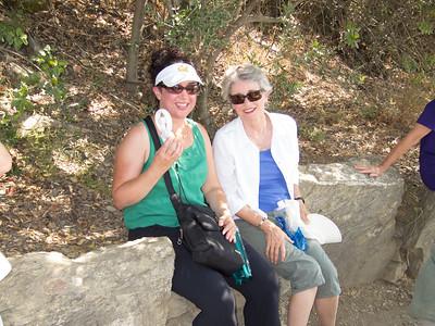 Cinque Terre trail from Vernazza to Monterosso (with Donielle Borgo)