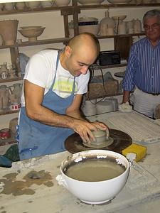 Throwing a pot at Grazia's, Deruta