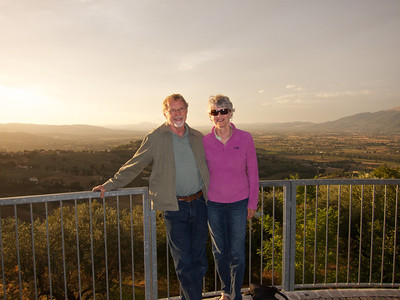Gary & Kathie watching the Montefalco sunset