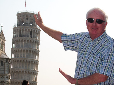 Pisa, Nev Griffin holding up the Leaning Tower