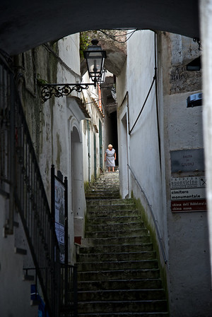Lady descending steps, Amalfi