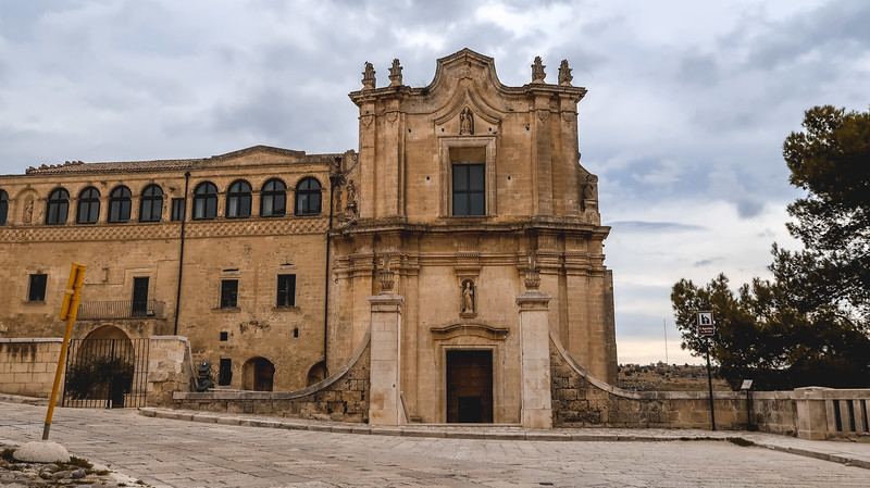 The Convento di Sant'Agostino in Matera has frescoes you can visit for free.