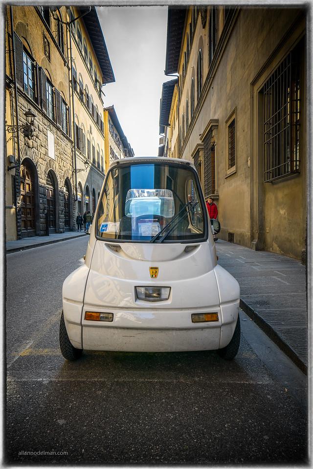 Narrow Car for Narrow Streets