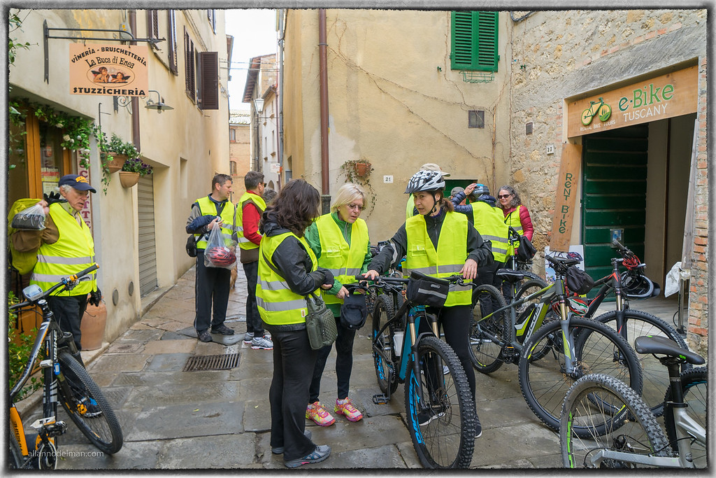 E-Bike Tour From Pienza