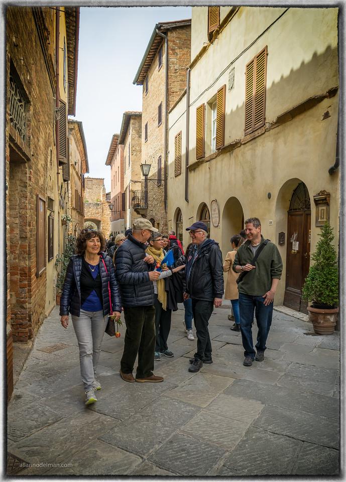 Exploring Pienza