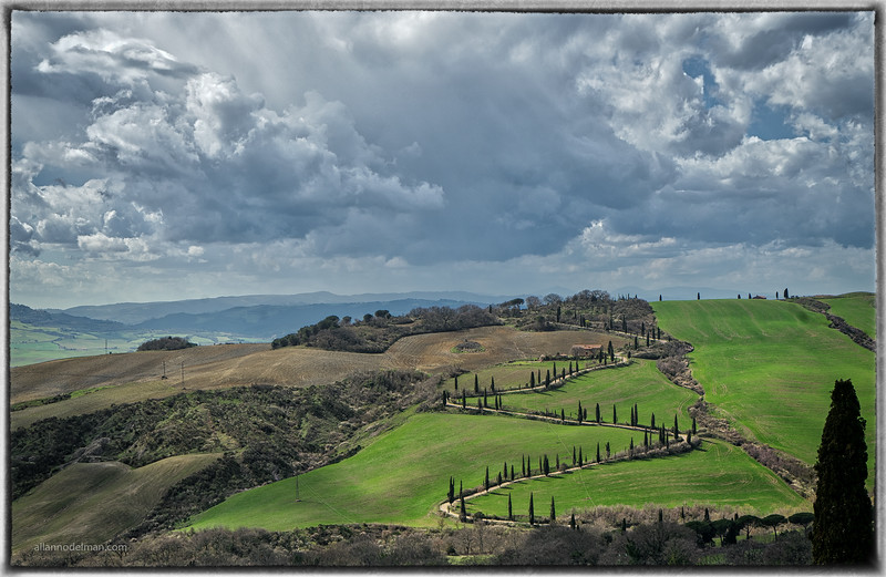Iconic Tuscan Landscape From La Foce