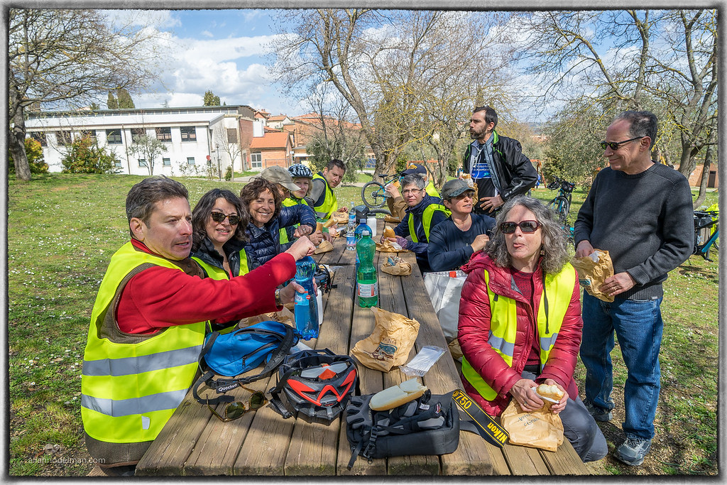 Picnic For Lunch on E-Bbike Tour