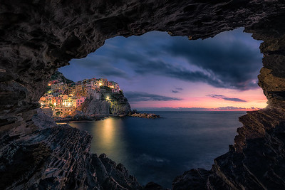 Manarola during sunset - Cinque Terre