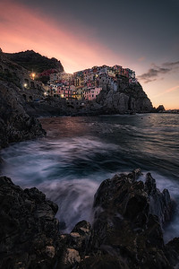 Manarola during sunrise - Cinque Terre