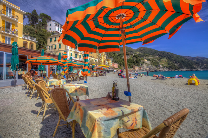 Umbrella, Monterosso