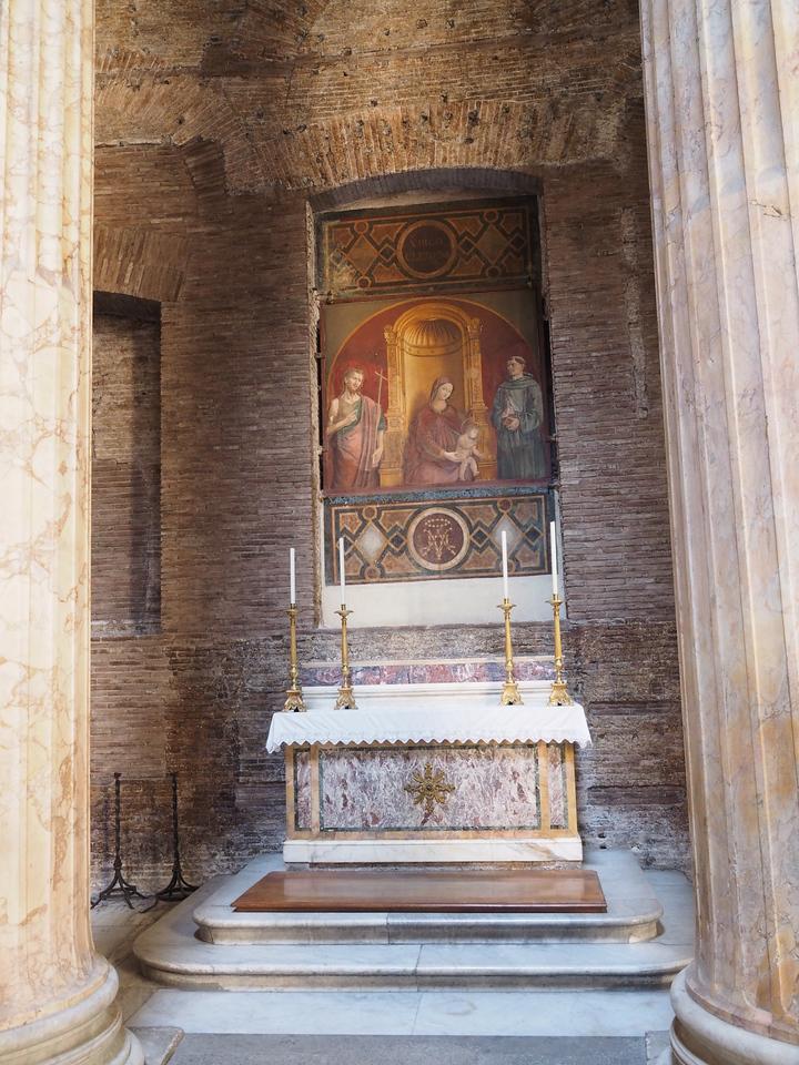 Pantheon Virgin and Child