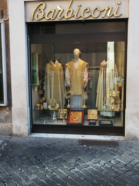 Vestment shop