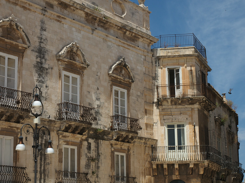 Street scene Ortigia