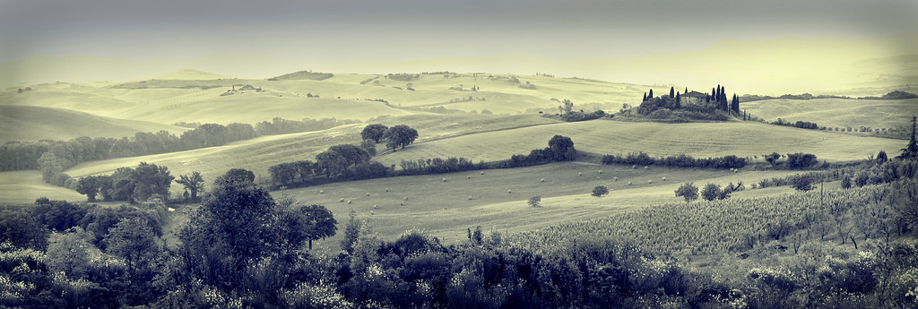 Belvedere; Mist; Farm House; Val d'Orcia; Tuscany; Italy