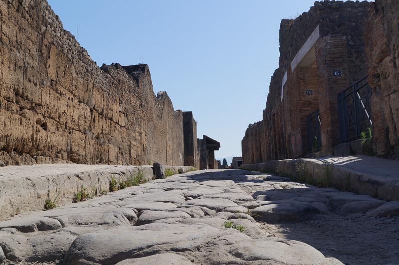 Via Del Pompeii