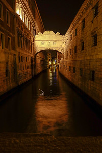 "Venice ""Bridge of Sighs"" between Doges Palace and Prison"
