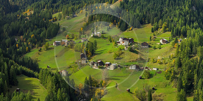 Ornella South Tyrol Italy Panoramic Landscape Photography Scenic Fine Art Foto Country Road Creek - 017249 - 11-10-2015 - 15637x7798 Pixel