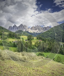 Santa Maddalena Sankt Magdalena Village Summer Color Dolomites Stock Photos Photo Fine Art Animal - 024966 - 18-06-2018 - 7701x9213 Pixel
