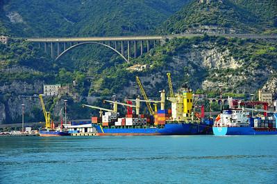 Amafli-Coast_ships_D3S0320