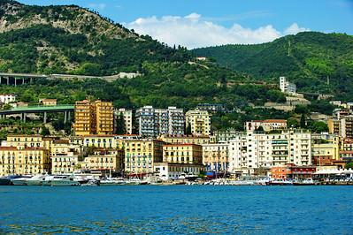 Amalfi_Coast-town_D3S0082