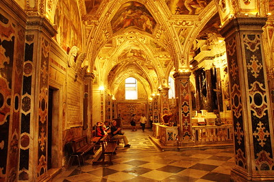 Amalfi_Cathedral_interior_D3S0119