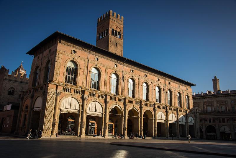 piazza maggiore square