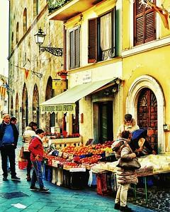 """""""Frutta Fresca"""" - Bolsena, Italia"""