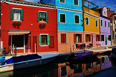 Burano_Reflections_homes_boats_D3S4748