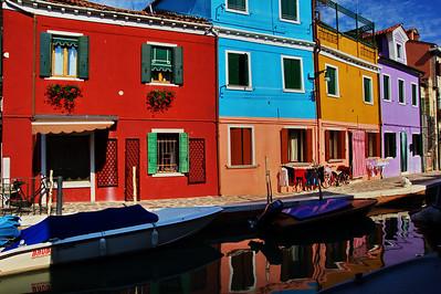 Burano_Reflections_homes_boats_D3S4748