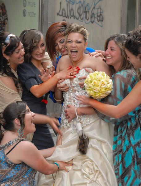Naples Wedding Tradition