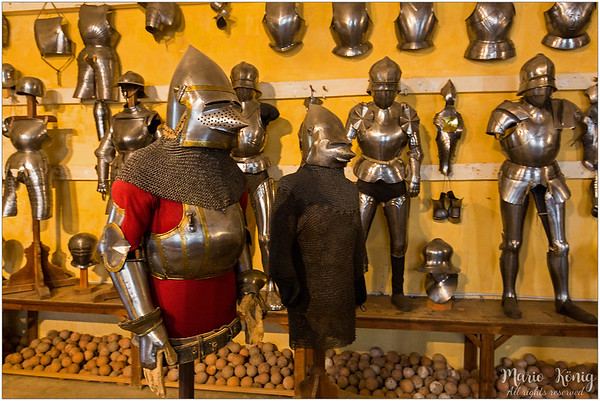 The one in red shirt is the oldest armour, dating from 1365. Next to it is a chainmail, from 1390. Both were made for the Matsch family