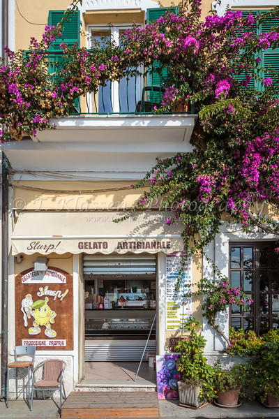 Shops and storefronts in Monterosso al Mare, Liguria, Italy, Europe.