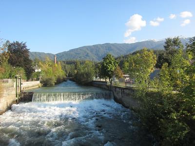 Follow the green glacial river to Riscone