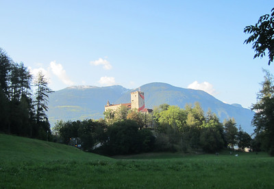 Riscone, uphill past the castle
