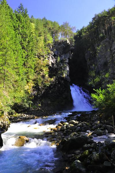 Riva  Waterfalls