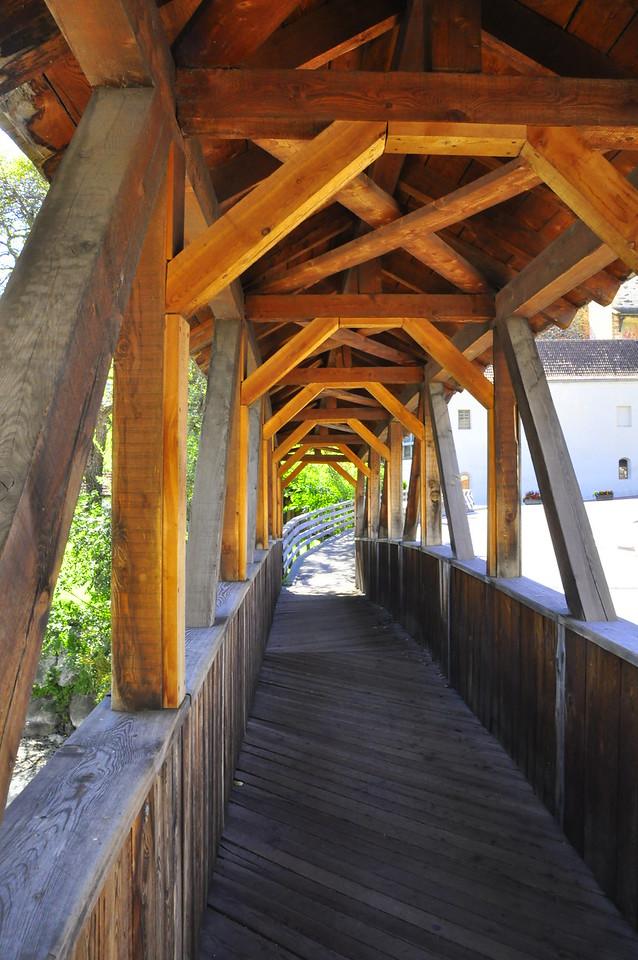 bridging the Adige River in Gorenza
