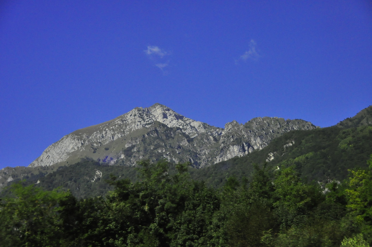 on our way to the Dolomites via bus.  first views
