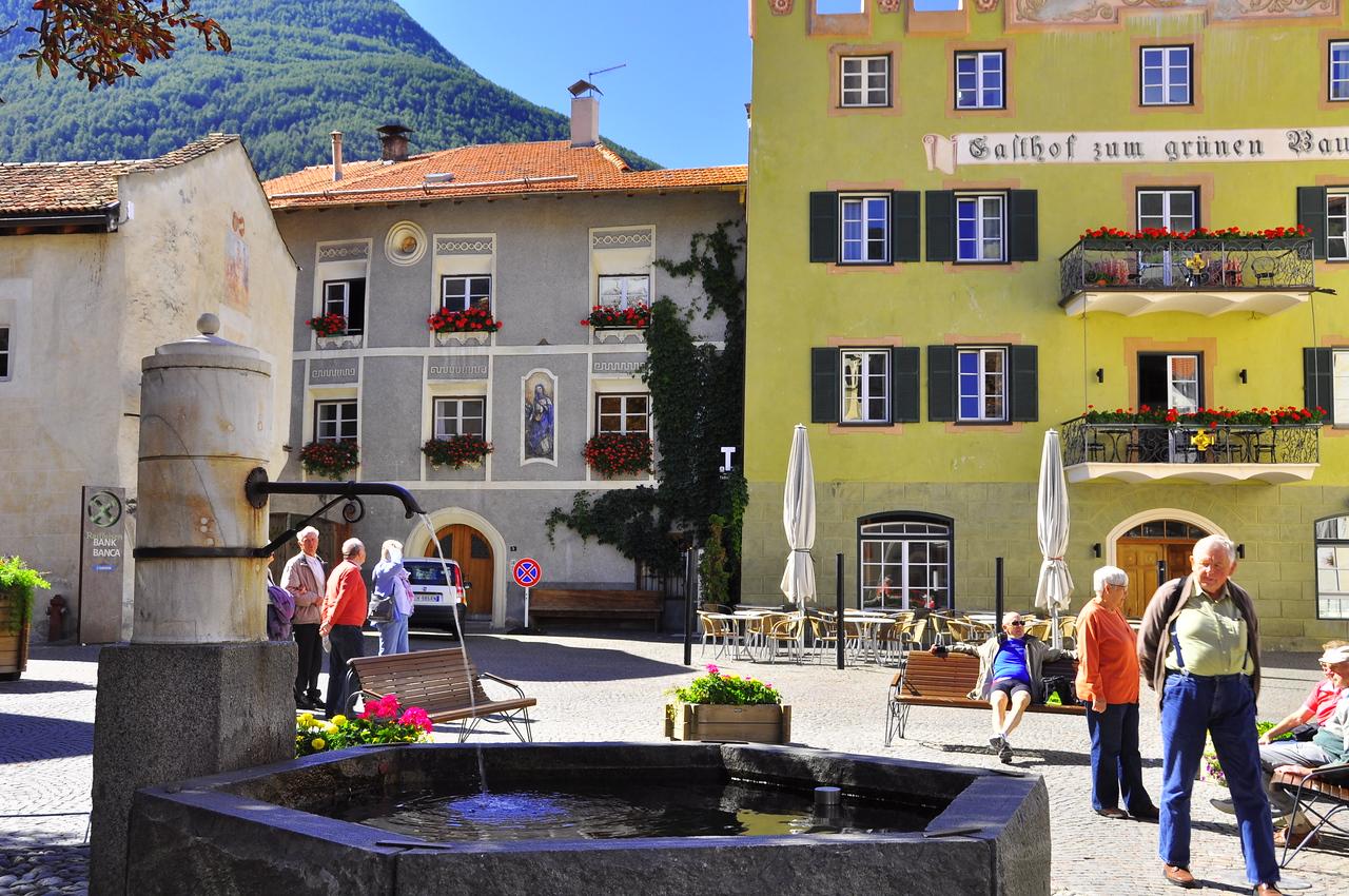Gorenza square