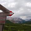Alta Via 1 trail markers between Sennes and Fodara Vedla