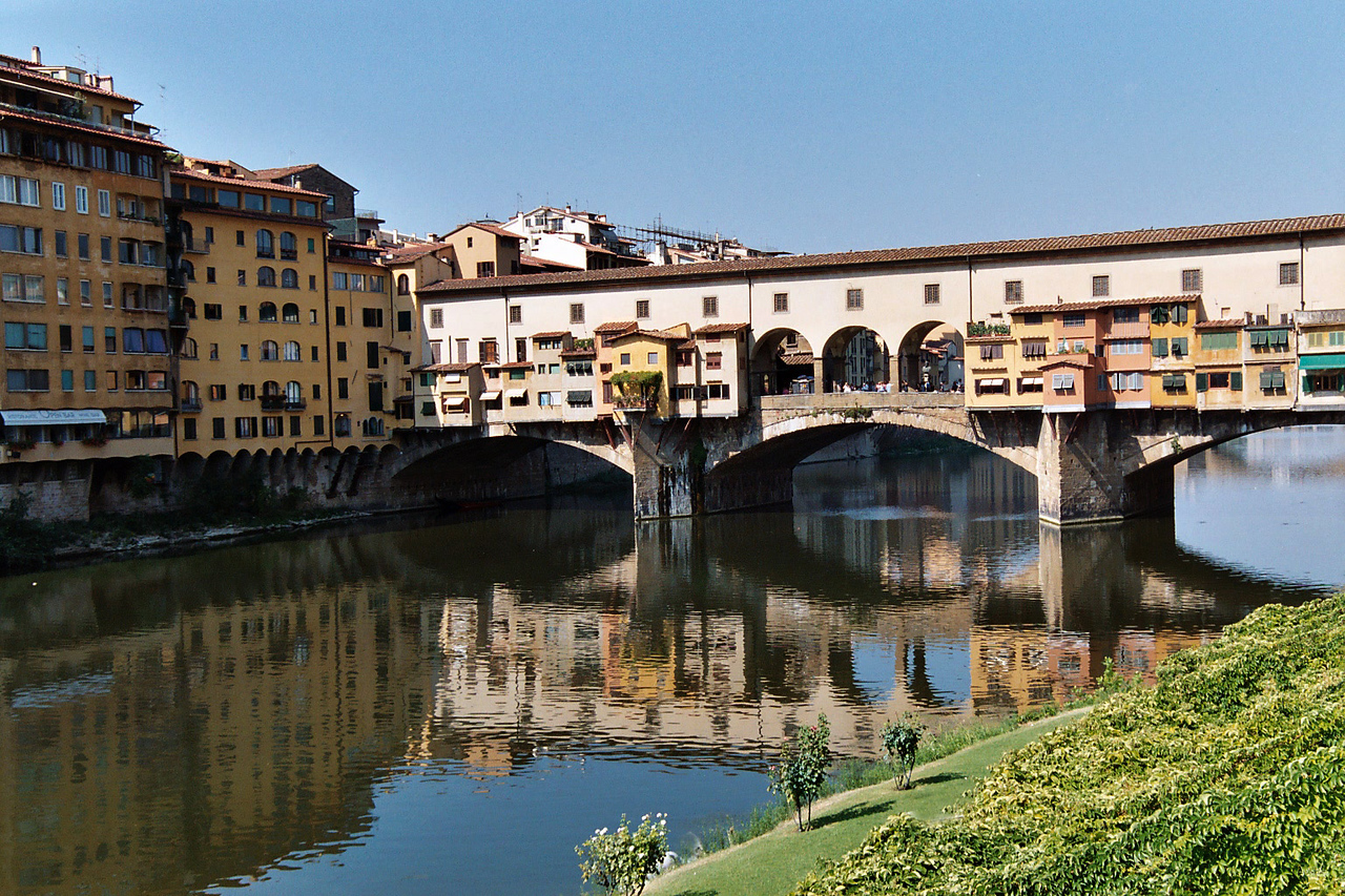 31. Ponte Vecchio<br /> Florence, Italy