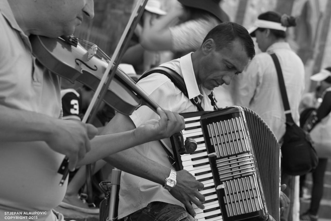 Musicians near Santa Croce Basilica